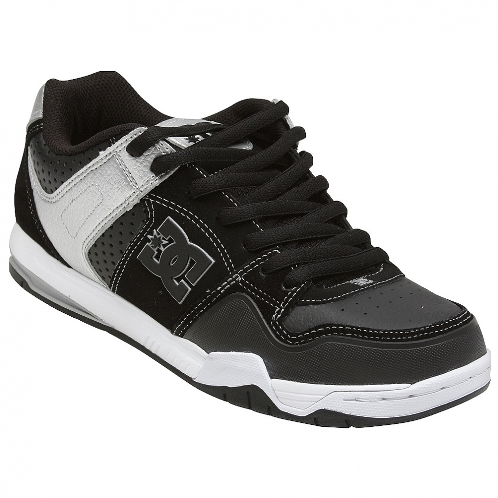dc-shoes-stack-skuandy
