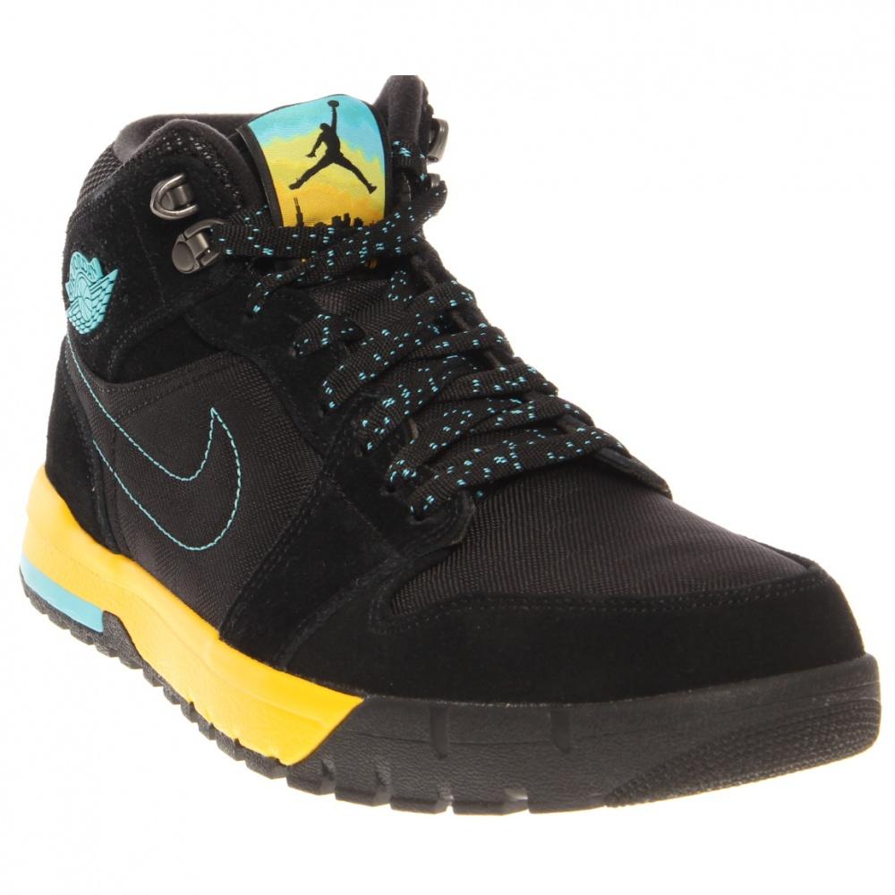 Nike Air Jordan 1 Trek